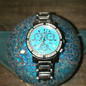 nvicta 0281 Women's Swiss Angel Chronograph